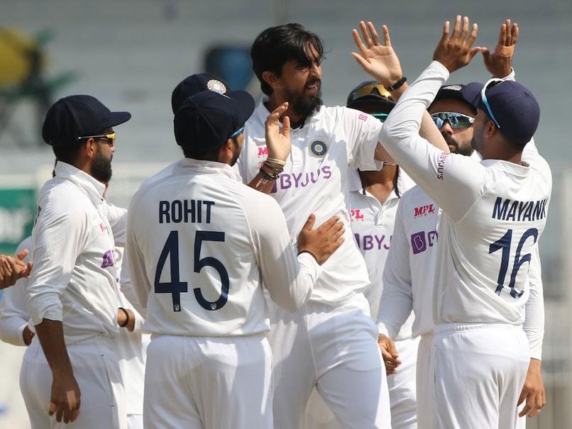 India vs England: Virat Kohli, Rohit Sharma Lead Congratulations As Ishant Sharma Set To Play 100th Test. Watch