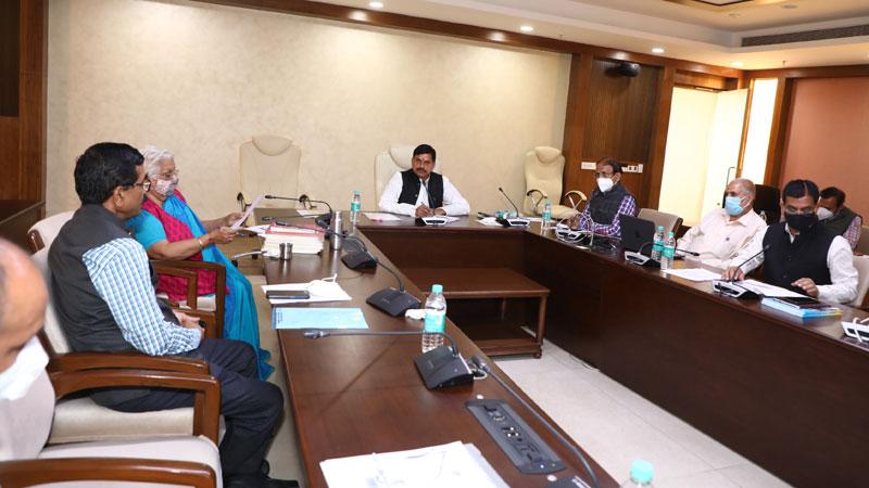 उद्योग जगत से प्राप्त सुझावों को नई शिक्षा नीति में करेंगे शामिल: उच्च शिक्षा मंत्री डॉ. यादव