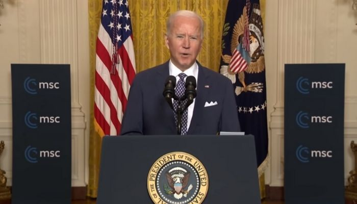 घड़ी: अमेरिकी राष्ट्रपति जो बिडेन भाषण के दौरान लड़खड़ाते हैं, एन-शब्द कहते हैं