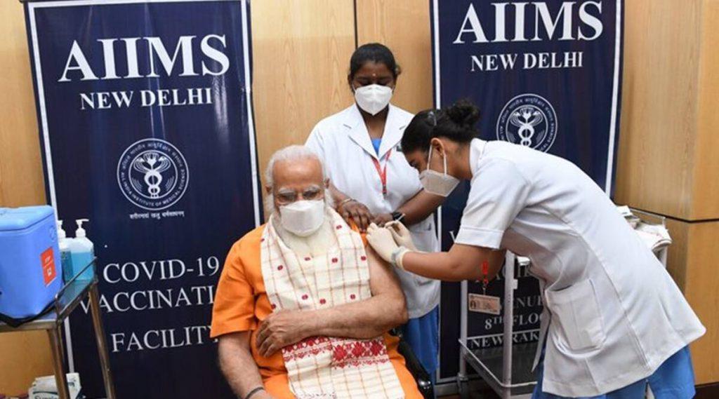 'अगर योग्य है, तो जल्द ही अपना शॉट लें': पीएम नरेंद्र मोदी कोविद -19 वैक्सीन की दूसरी खुराक लेते हैं