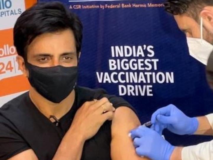 सोनू सूद ने कोरोना का केक, अटारी बॉर्डर से शुरू किया वैक्सीन के लिए लोगों को जागरूक करने के लिए अभियान चलाया।