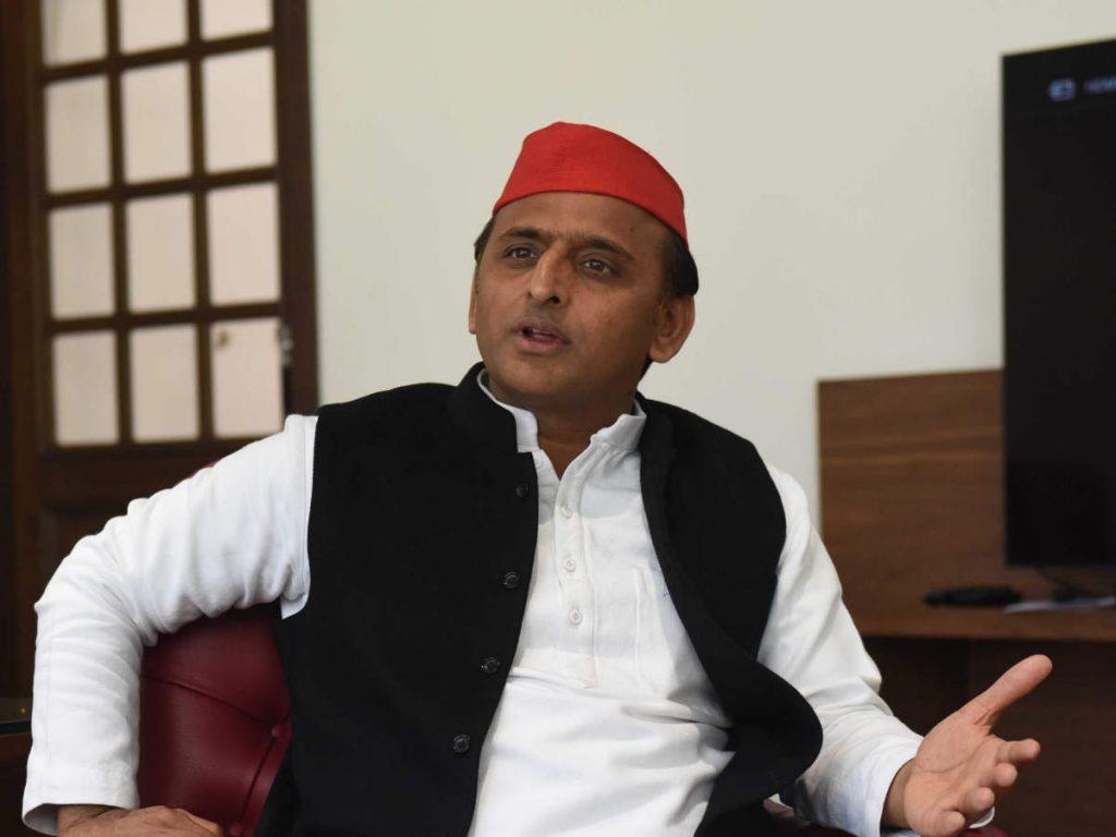 Akhilesh Yadav News:'आंबेडकर जयंती पर मनाएं दलित दिवाली' ट्वीट पर फंसे समाजवादी पार्टी चीफ, ट्विटर पर ट्रेंड हुआ #माफी_मांगो_अखिलेश