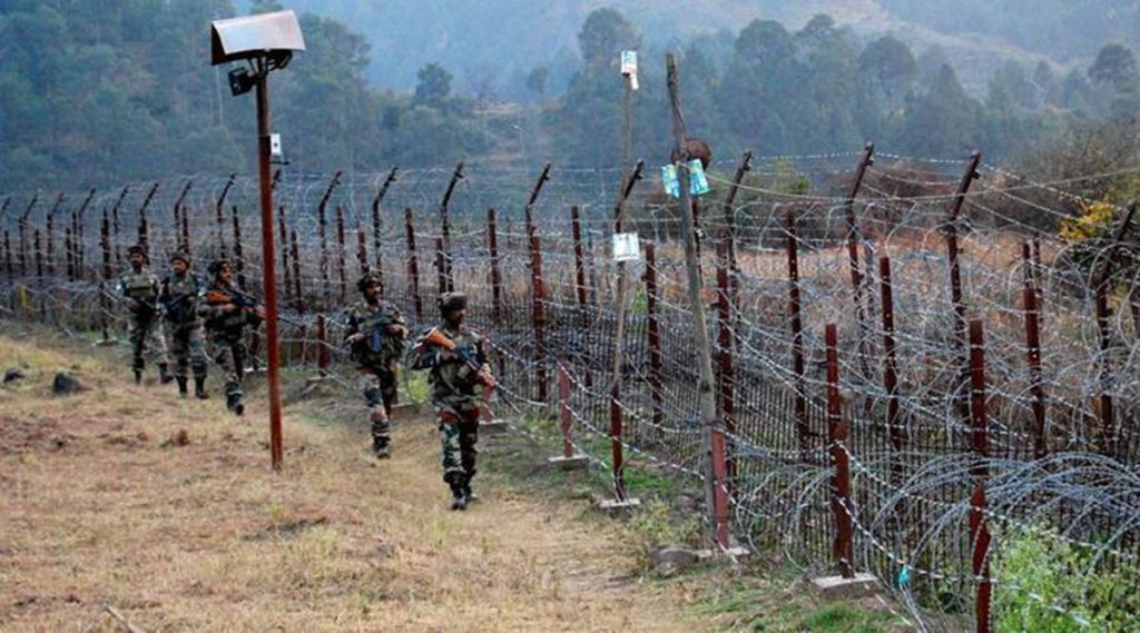 BSF hands over minor to Pakistan, India pakistan border, Pak boys crosses border, BSF, India news, Indian express