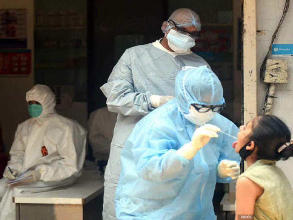 Coronavirus in Noida-NCR: नोएडा में टूटा 5 महीने का रेकॉर्ड, 24 घंटे में मिले 125 कोरोना मरीज, खत्म हुआ वैक्सीन का स्टॉक