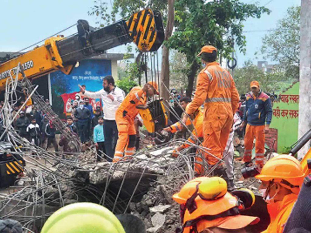 Ghaziabad News: इलाज ने बना दिया कर्जदार, फिर भी नहीं बचा घर का चिराग, 3 महीने बाद गाजियाबाद श्मशान घाट हादसे में घायल पवन की मौत