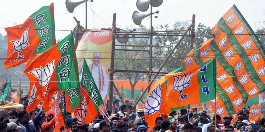 बंगाल: शालीनता और निराशा के बीच एक मध्य मार्ग की आवश्यकता है