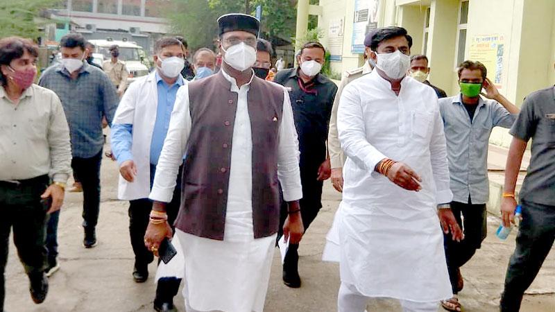 चिकित्सा शिक्षा मंत्री श्री सारंग ने किया सिविल अस्पताल का निरीक्षण