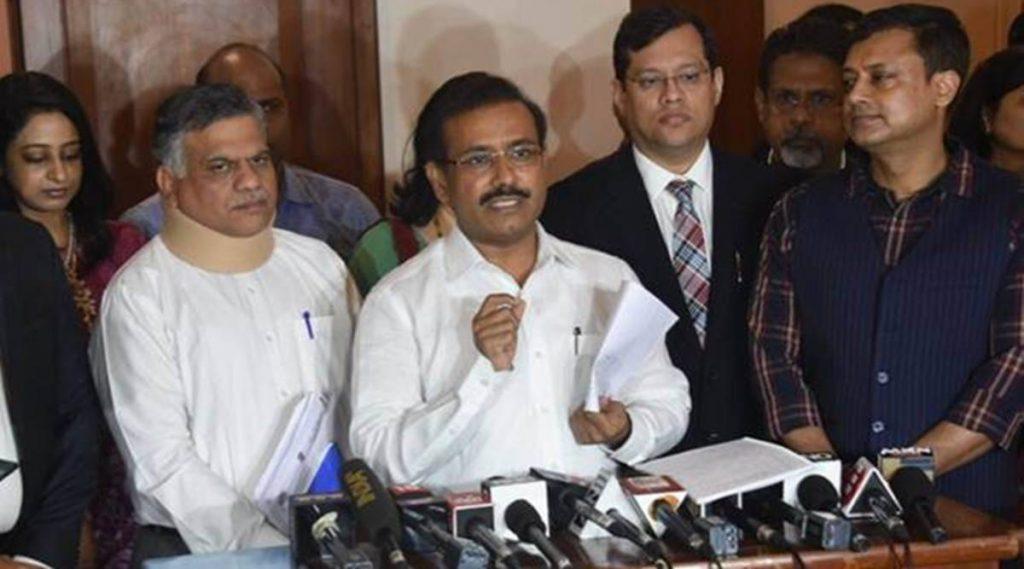 महाराष्ट्र के स्वास्थ्य मंत्री के जालना जिले में टीके कम पड़ रहे हैं